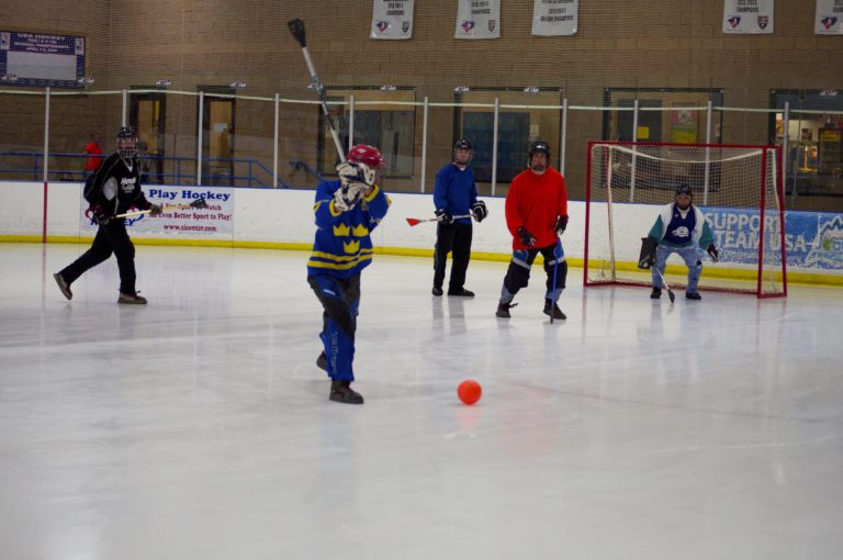 Broomball 02